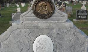 monument of hero restored
